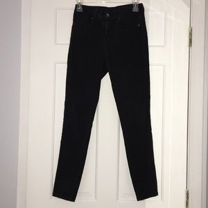 H&M Divided Black Skinny Jegging - Size 4